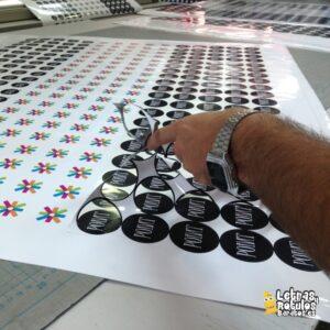 Pegatinas personalizadas troqueladas