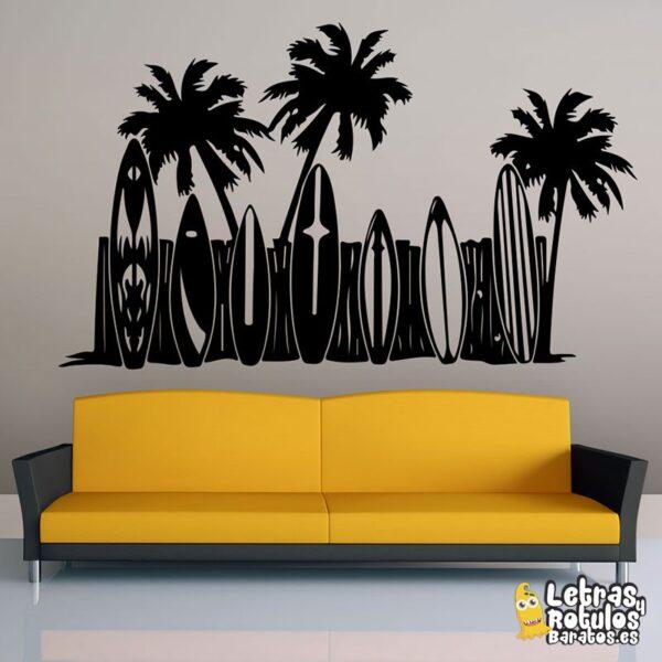 Tablas de surf con palmeras